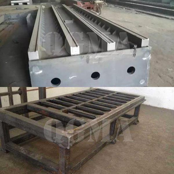 Roller conveyor type shot blasting machine for Welded steel structure bed3