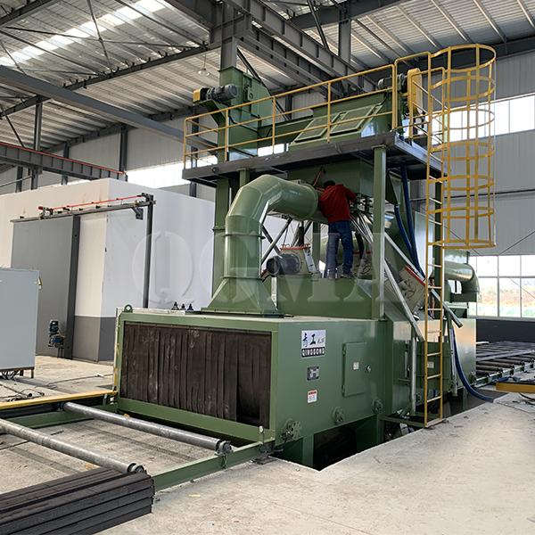 Routine maintenance of roller conveyor shot blasting machine 2