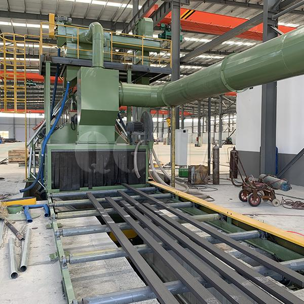The application of roller conveyor shot blasting machine 2
