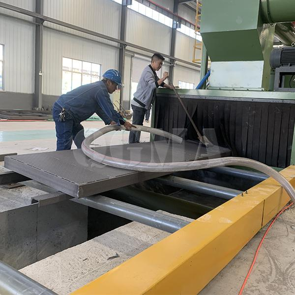 The application of roller conveyor shot blasting machine 3