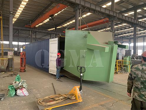Roller conveyor shot blasting machine shipped to Indonesia