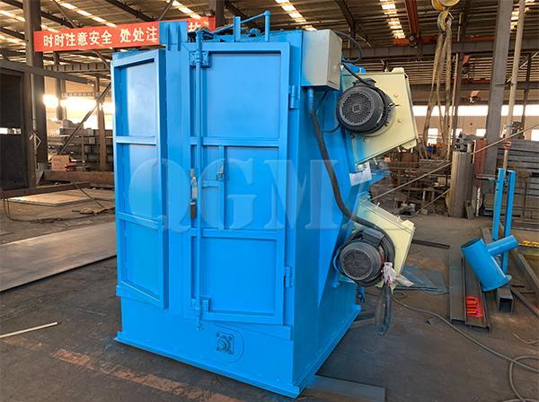 Hanger type shot blasting machine shipped to Spain1