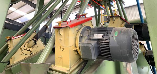 What is the important things that for the operators to operate the shot blasting machine 2